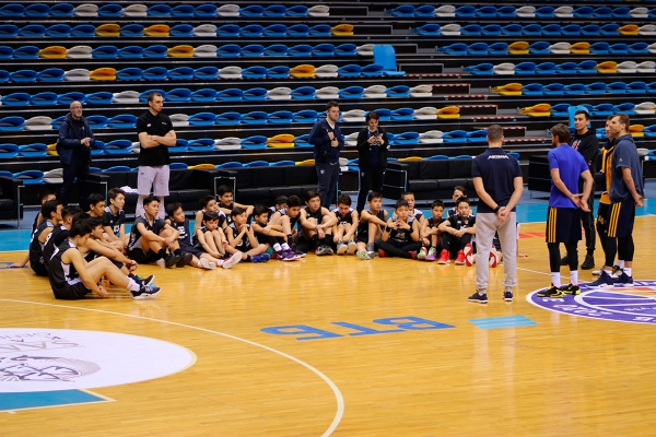 Meeting of «Astana» Children's Academy of Basketball with the players of the «Khimki» basketball club
