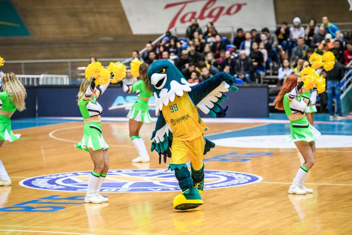 Талисман баскетбольного клуба Астана— птица Самрук