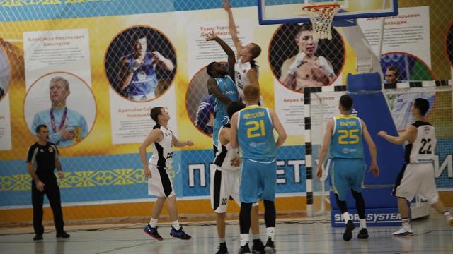 Серия матчей Национальной лиги: «Каспий»— «Астана»