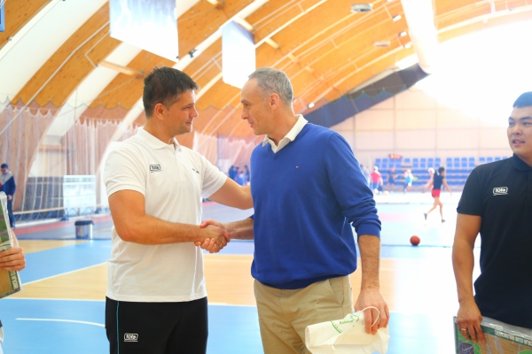 Enrique Villalobus and Manolo Rubio visited the Children's Academy of Basketball «Astana»